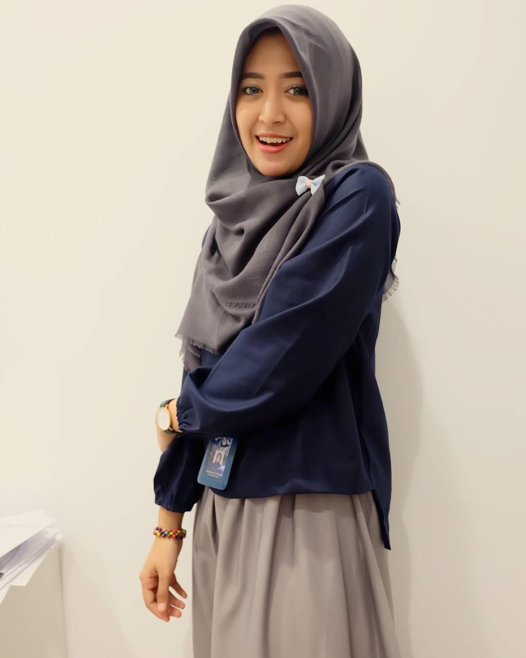 Tips fashion hijab semi formal untuk ke kantor bababeli Fashion style hijab kantor