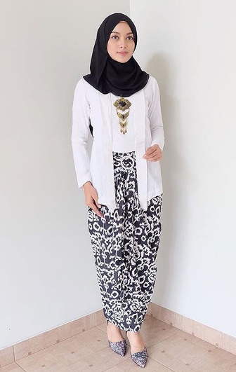 Tips Padu Padan Fashion Dengan Kebaya Kutu Baru Bababeli